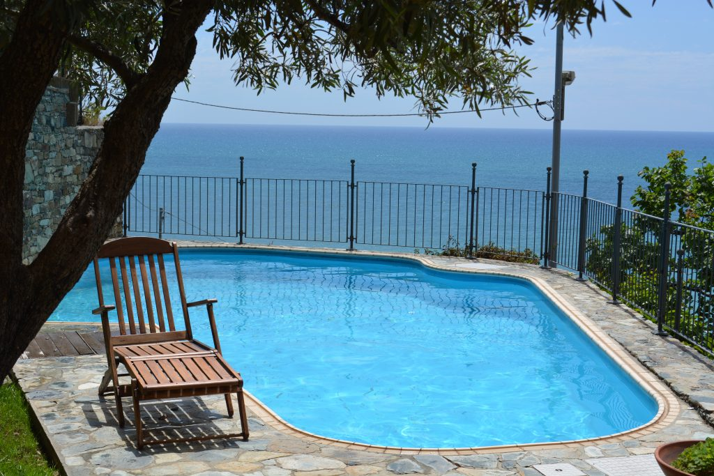 Piscina e relax Bed &Breakfast Ca da Muntà